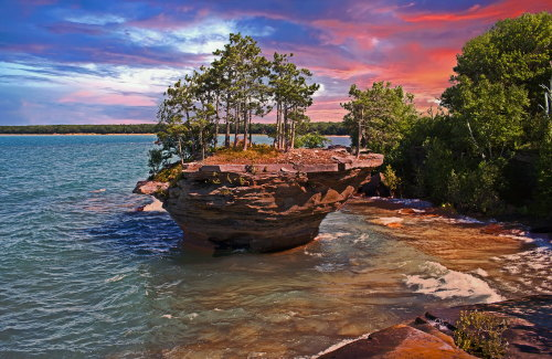 D-18-140 - Turnip Rock. Pte. Aux Barques. Port Austin, MI. Digitally enhanced.