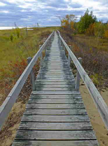 D-RP-141 - Lake Huron Boardwalk at Tawas State Park, Tawas City, MI