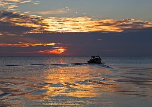 D-HB-838 - Sunset over Saginaw Bay. Caseville, MI.
